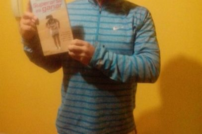 """Daniel y su libro: """"Superarse es Ganar"""""""