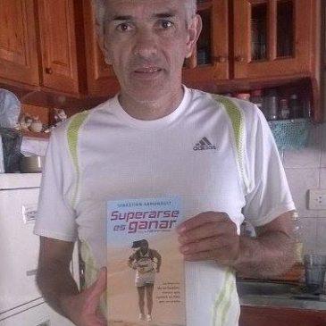 """Jose Luis y su Libro: """"Superarse es Ganar"""""""